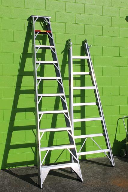 De verschillende soorten trappen en ladders