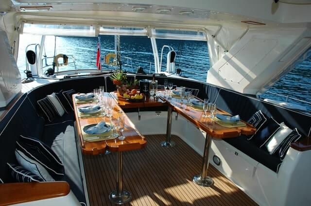 Delen op de boot waar u het interieur kunt personaliseren